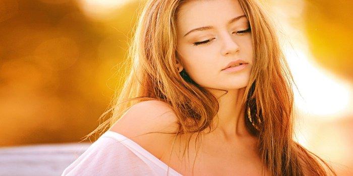 proteggere i capelli in autunno